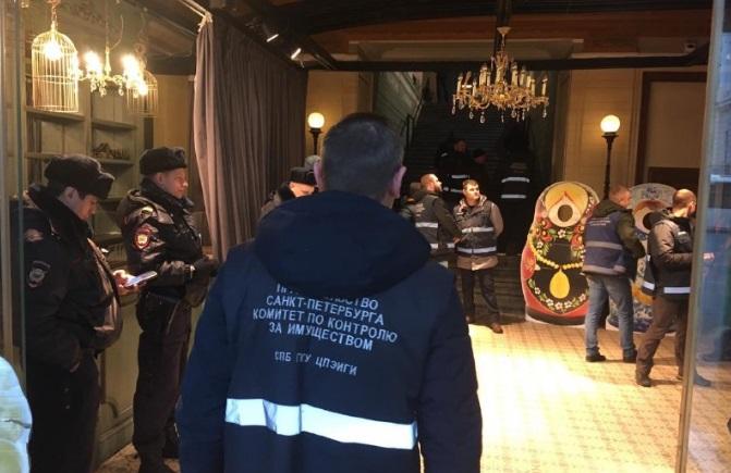ККИ «выселил» торговцев из незаконно занятых помещений на Невском