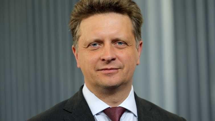 Вице-губернатор Максим Соколов: общественного транспорта в Петербурге достаточно