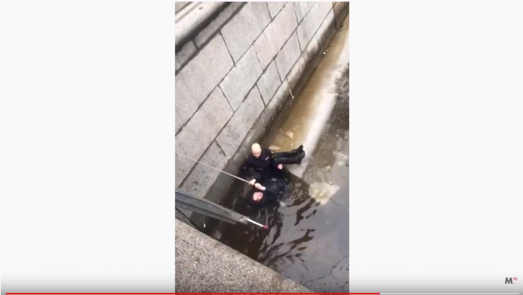 Депутат попросил Плугина устроить в вуз полицейского, спасшего мужчину на Грибоедова