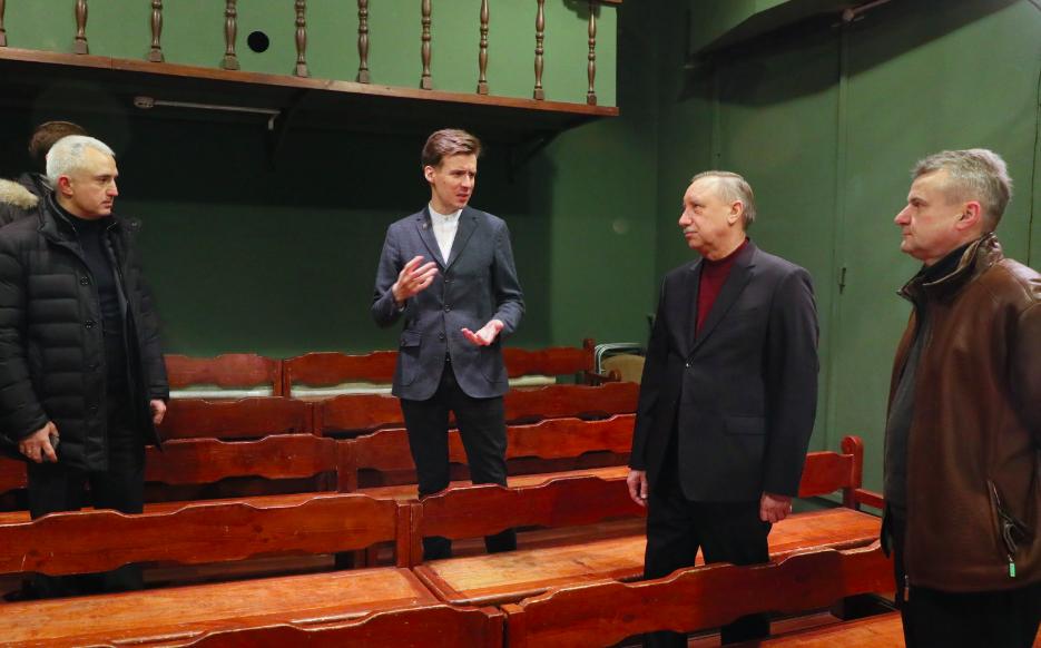 Александр Беглов пообещал Кировскому району новый театр и ухоженный парк
