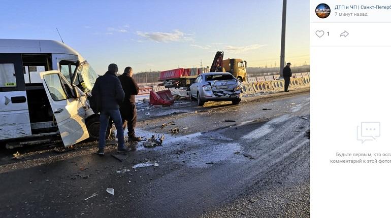 ГИБДД начала проверку после ДТП на КАД, где насмерть сбили водителя грузовика