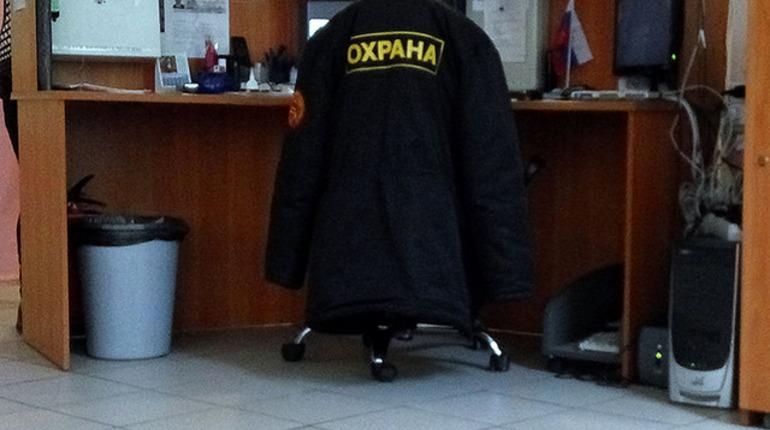 Ритейлеров в Петербурге просят усилить охрану из-за режима самоизоляции