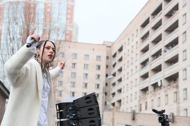 «Мойка78» показывает, как прошла акция «Петербург своих не бросает» у общежития