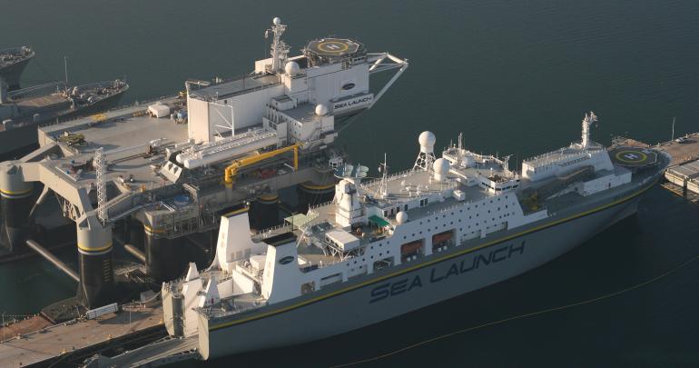 Командное судно «Морского старта» прибыло в российский порт