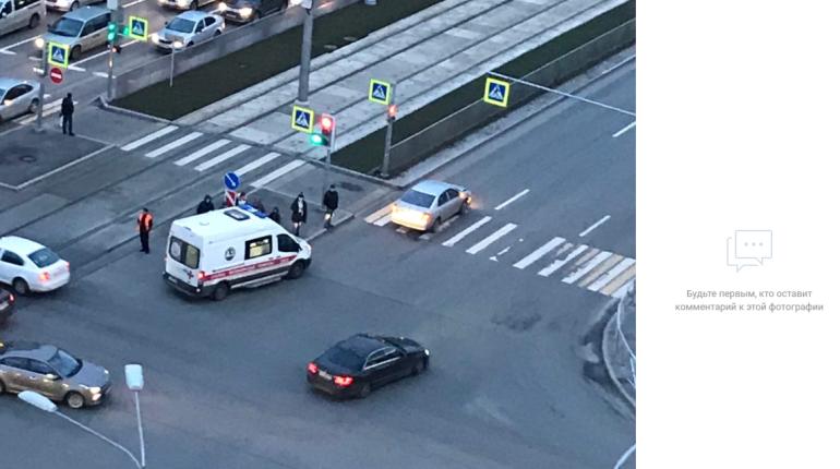 Пешеход погиб под колесами легковушки на углу Ударников и Наставников