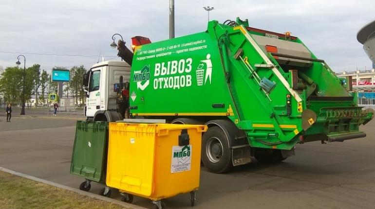 Приморский район Петербурга стал главным поставщиком мусора