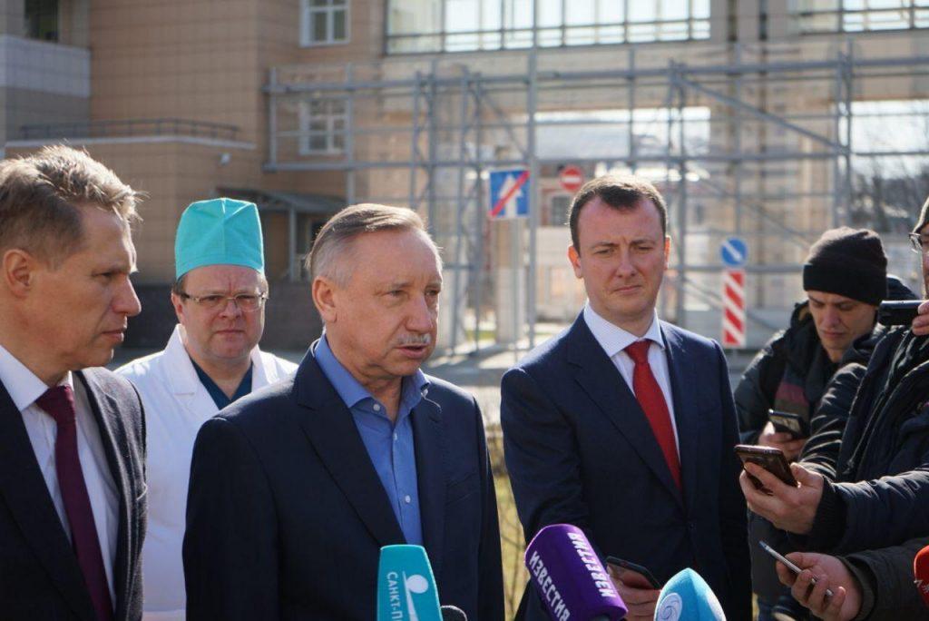 Мурашко призвал всех россиян соблюдать режим самоизоляции