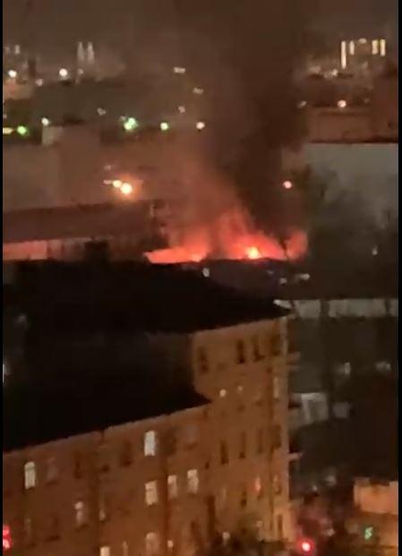 В Московском районе вспыхнуло здание на Черниговской