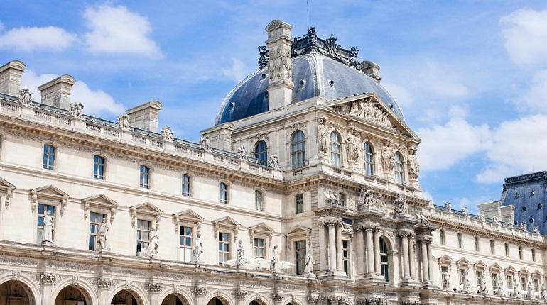 Коронавирус «бьет» по культуре: в какие музеи мира не пустят посетителей