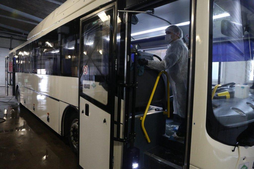 Общественный транспорт Петербурга поменяет режим работы в нерабочую неделю