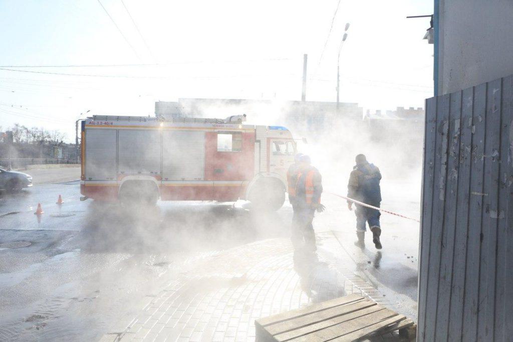 Все как в тумане: «Мойка78» показывает фото с места прорыва на Обводном