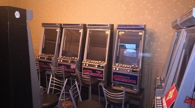 Подпольное казино в питере играть в казино бездепозитный бонус за регистрацию