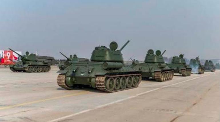 В Подмосковье переброшены танки, отремонтированные в Петербурге