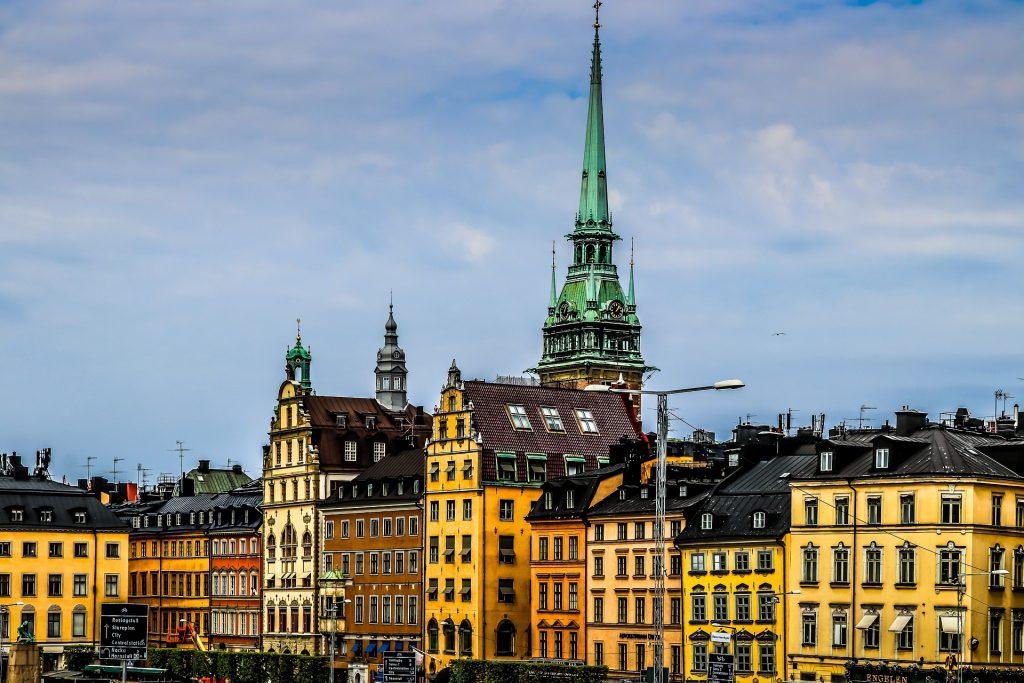 Швеция поменяла курс борьбы с коронавирусом, прежние идеи стали не актуальны