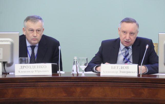 Два миллиона сбежавших в Ленобласть и льготный проезд: о чем говорили Дрозденко и Беглов