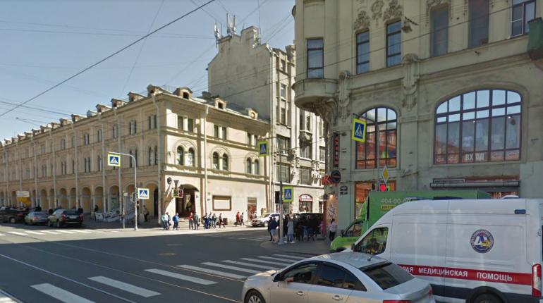 «Все заминировано»: постоялец хостела на Садовой привлек внимание полиции звонком