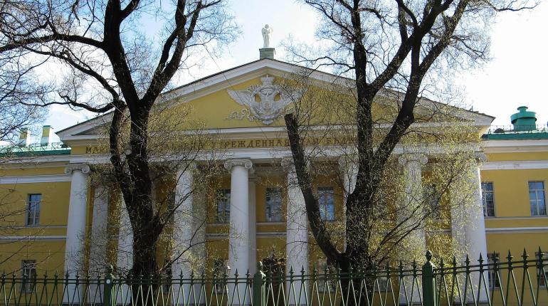 Мариинскую больницу оштрафовали на 100 тысяч за нарушения «коронавирусных» мер