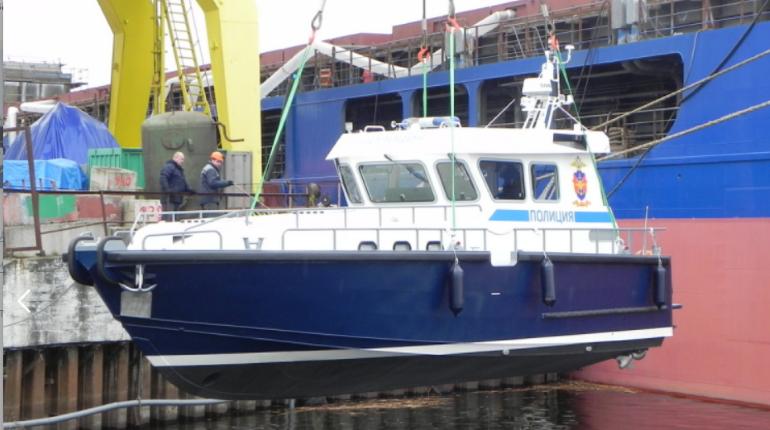 Патрульные и рейдовые: под Петербургом начнут собирать катера специального назначения