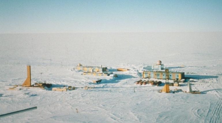 Петербургский полярник рассказал, как ученые месяцами живут в изоляции в Антарктиде