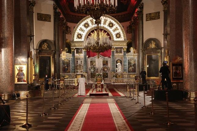 Медовый спас иЖивотворящий Крест Господень: что празднуют православные 14 августа
