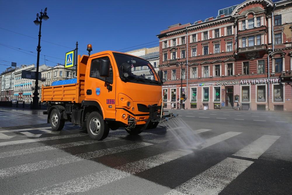 Петербуржцы смогут оценить весеннюю уборку от комитета по благоустройству
