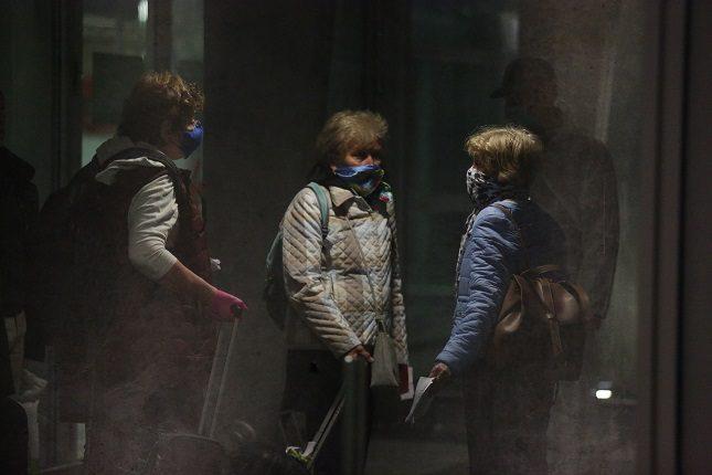 За нарушение коронавирусных правил в Петербурге оштрафовали 3500 человек