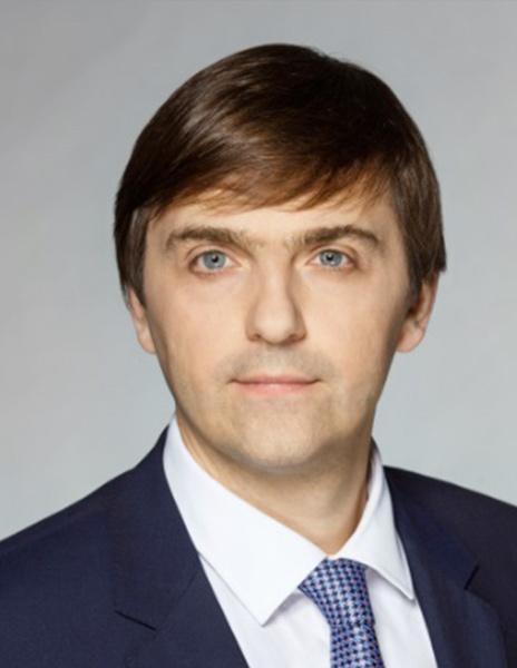Министр просвещения РФ Сергей Кравцов: дистанционное обучение не заменит систему школьного образования