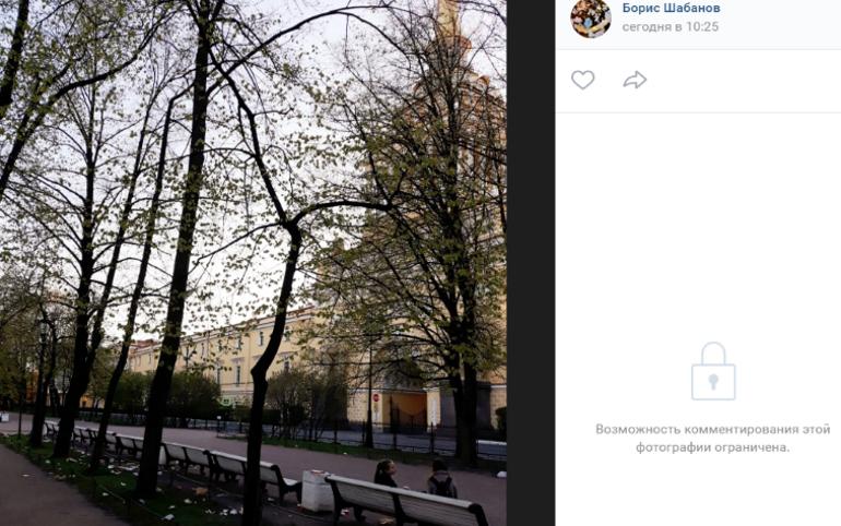 Урны в Петербурге ломятся от салфеток, коробок и остатков еды навынос