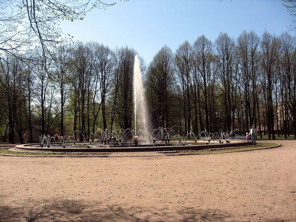 Работы по реконструкции фонтана «Славы» завершили к 9 мая
