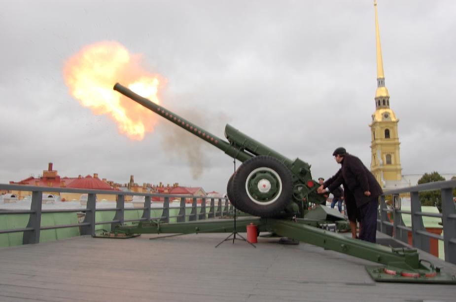 В День города выстрел из пушки Петропавловской крепости сделают медики