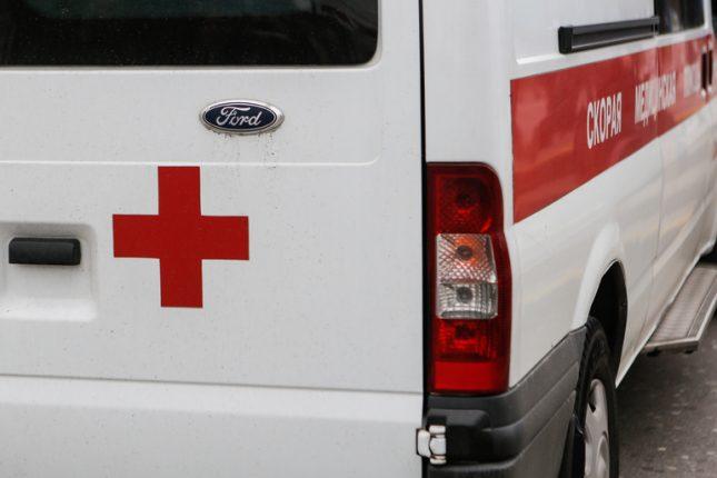 В Ленобласти водитель сбил молодую девушку с ребенком и скрылся