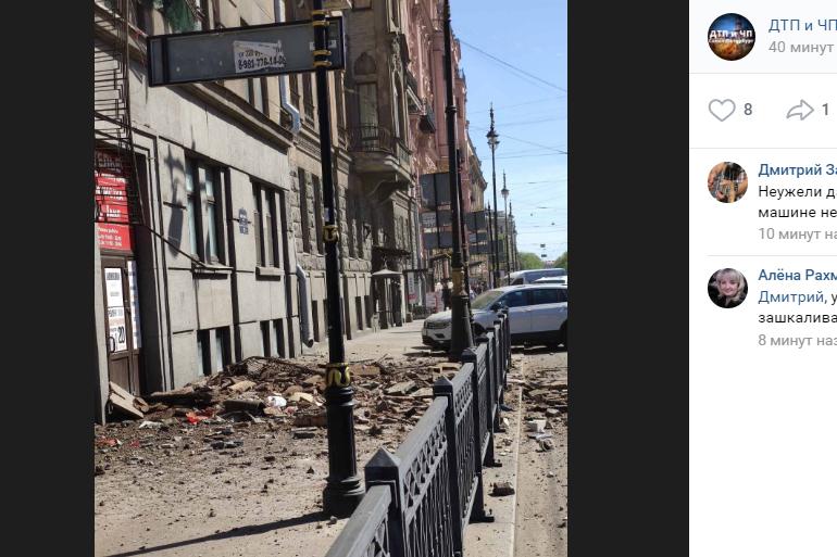 «Мойка78» публикует хронику обрушения балконов в Петербурге