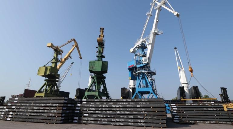 Морской порт Петербурга за полгода 2021-го перевез на 12% больше груза, чем за тот же период 2020-го