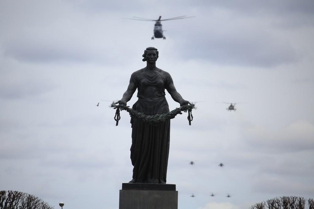 Генеральная репетиция воздушной части парада Победы: самолеты ЗВО снял корреспондент «Мойки78»