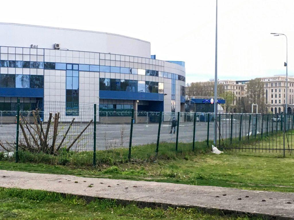 Территорию Ленэкспо готовят к строительству жилых домов и гостиницы во время работы госпиталя