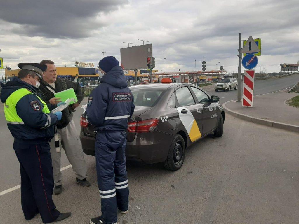 Во время «масочного» рейда в Кудрово поймали нелегала, напавшего на недруга с битой