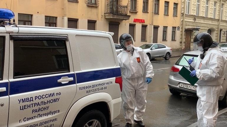Неизвестный угрожает взорвать отделение банка в центре Москвы, у него пять заложников
