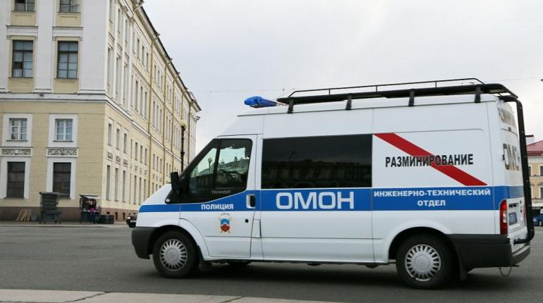 В Петербурге обезвредили найденный на чердаке дома боеприпас времен войны