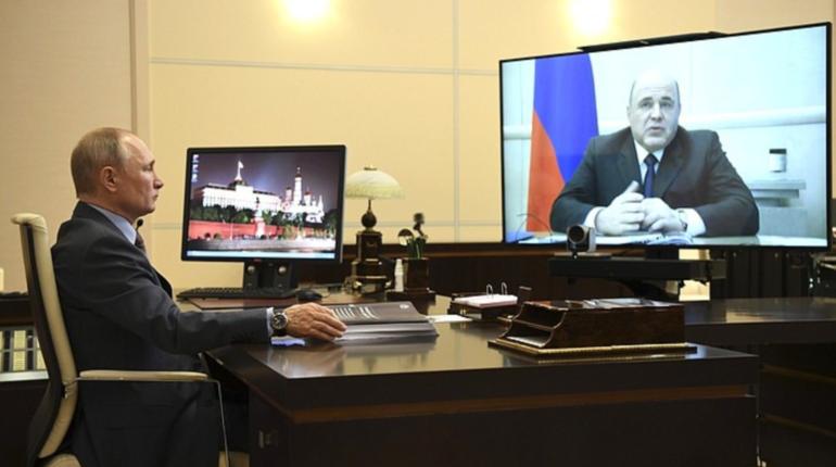Путин одобрил план спасения экономики РФ на пять триллионов рублей