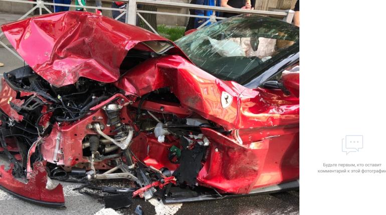 Сколько ДТП с Ferrari произошло в Петербурге за пять лет
