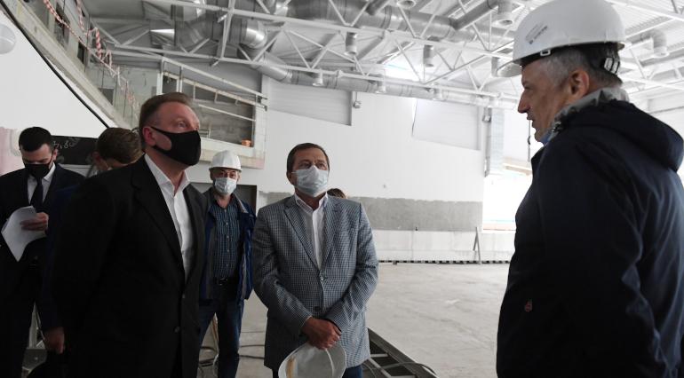 К 2023 году в Усть-Луге построят завод, а в Кингисеппе — жилой микрорайон