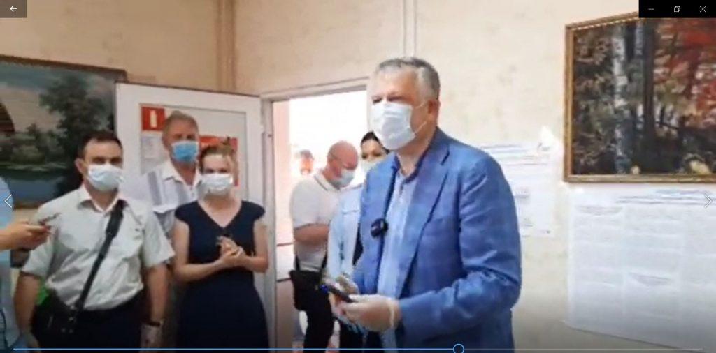 Дрозденко продолжает снимать коронавирусные ограничения в Ленобласти