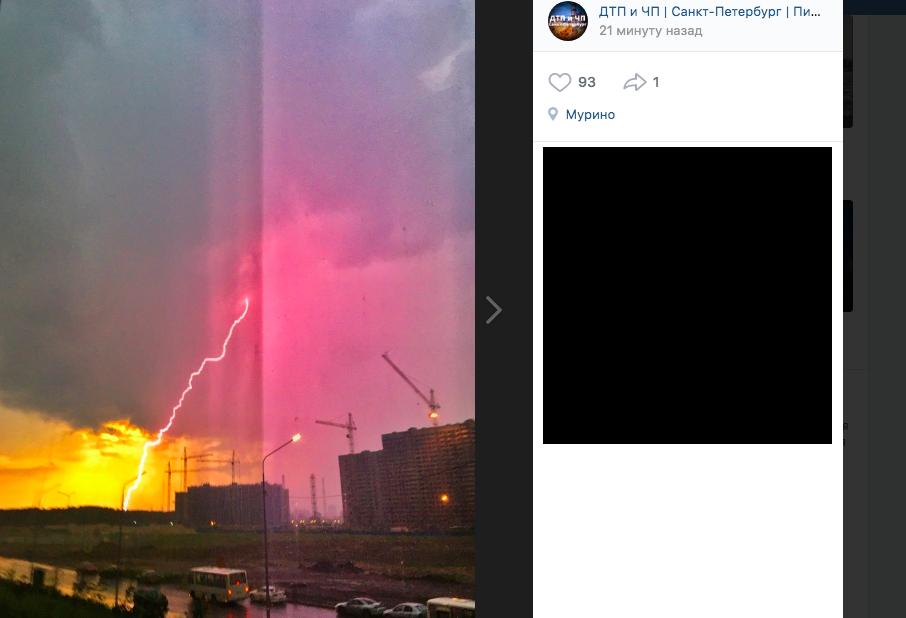 Апокалипсис в Мурино: фонтаны из люков и стена дождя