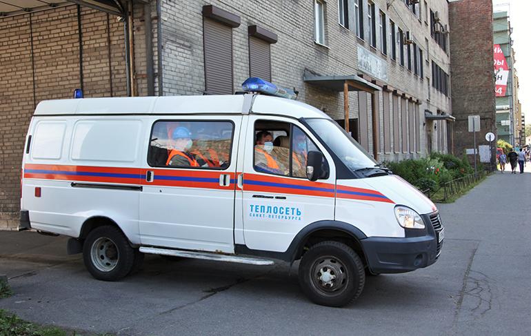 «Теплосеть» проверяет трубы в Невском и Фрунзенском районах