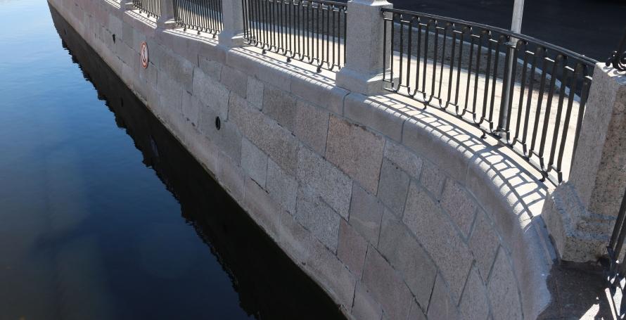 Старое покрытие на Могилёвском мосту заменят в течение недели