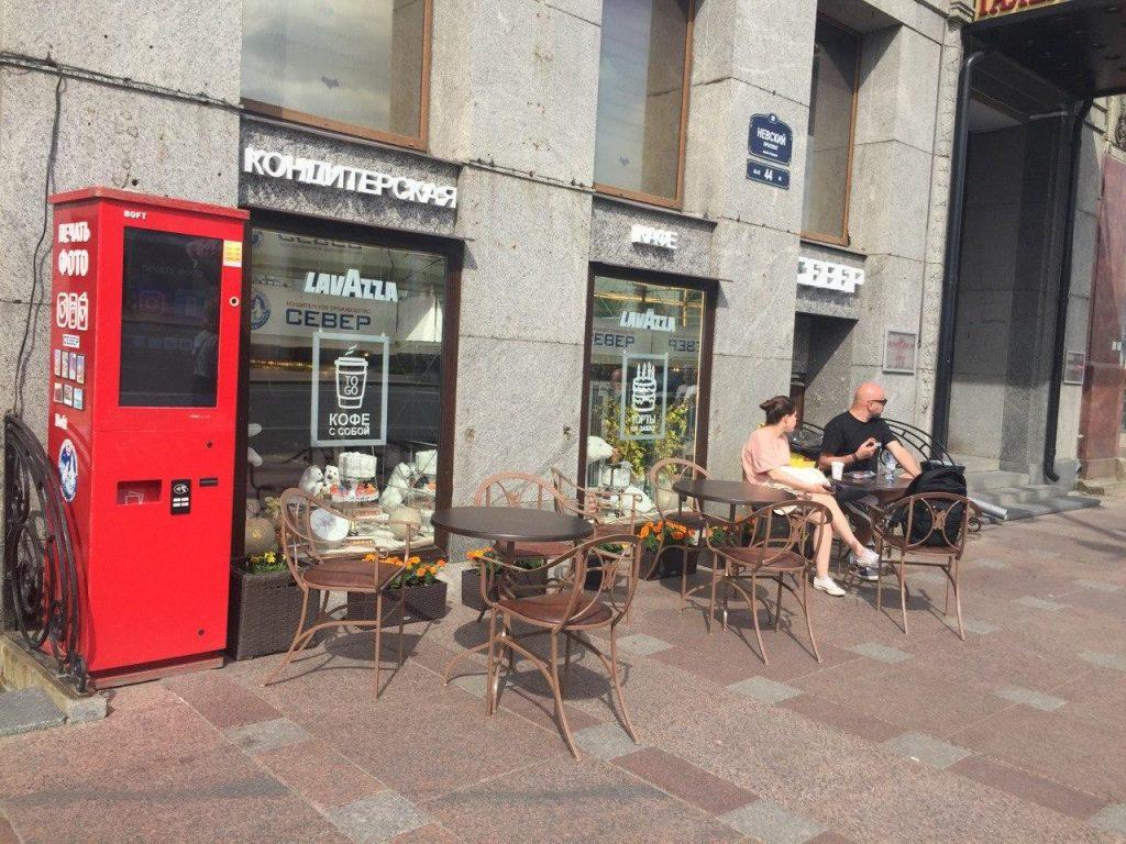 Рестораны Петербурга начали вводить депозиты за столики на террасах