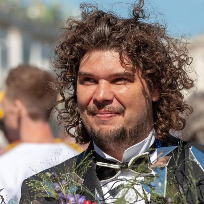 Флорист Александр Бермяков: коронакризис ликвидирует около 20% цветочных компаний