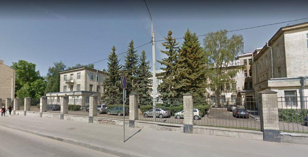 С понедельника две больницы Петербурга вернутся к нормальному режиму работы