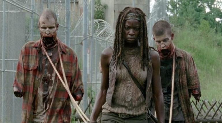 Новый сезон «Ходячих мертвецов» не выйдет в октябре, но фанатов ждет утешительная серия