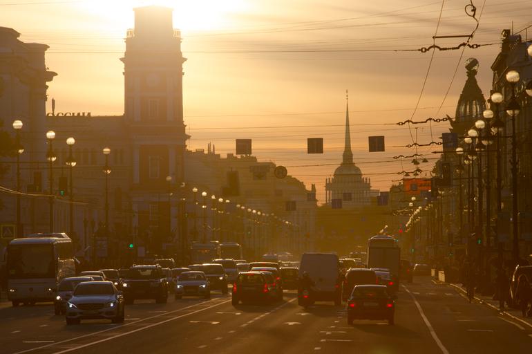 Власти Петербурга планируют сделать небо «чистым» над центром через 5-6 лет